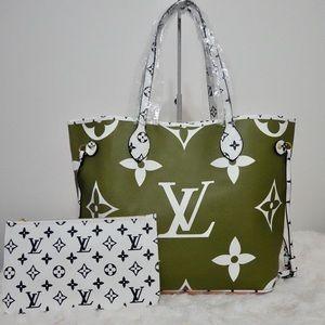 Louis Vuitton 13 x 12 x 7 green